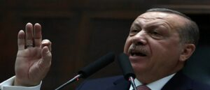 Канат Эрдогана между Востоком и Западом может оборваться