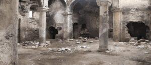 Армянская церковь в Карине стала притоном для наркоманов