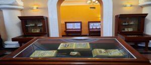 Выставка арцахских рукописей в Матенадаране