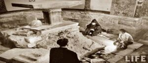 Древний храм под алтарем Эчмиадзинского собора - Фото