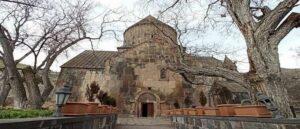 Церкви и хачкары села Бжни - Армения