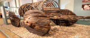 Древняя повозка обнаруженная в Лчашене - Армения