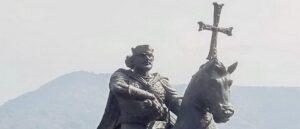 Конная статуя царя Армении Ашота II Железного