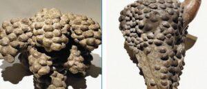 Ритуальный сосуд в виде грозди винограда XVII-XII вв до н.э.