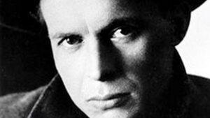 Армения дала миру много известных всему миру имен - Александр Довженко