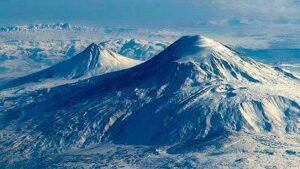 Древнерусский летописец о Мосохе пришедшем с Араратской горы и построившем Москву